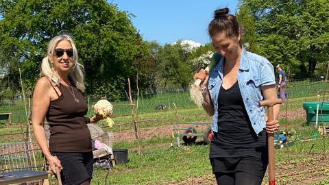 Susanne Hecker (li.) und Christine Spira