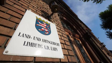 Eingangsbereich von Land- und Amtsgericht Limburg