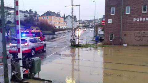 Überflutung am Bahnübergang Hadamar