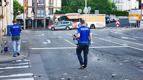 Polizisten sichern Spuren in Hofheim