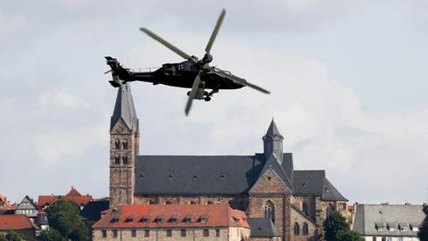 Tiger-Hubschrauber kreist über Fritzlar