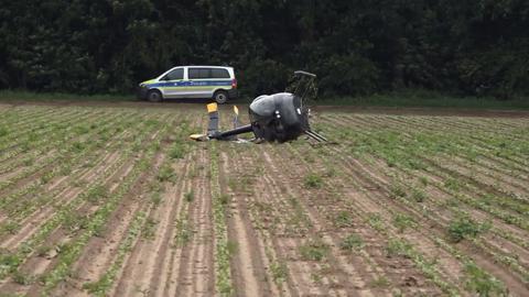 Verunglückter Hubschrauber bei Lampertheim