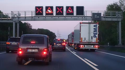 Sperrung Autobahn Sujet Signal