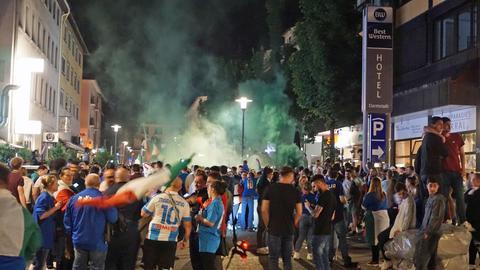 Italien-Fans feiern in der Darmstädter Innenstadt