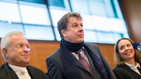 Jörg Kachelmann und seine Anwälte vor Gericht