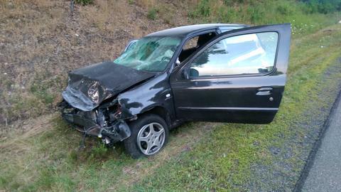 Das verunglückte Auto auf der A4 bei Wildeck