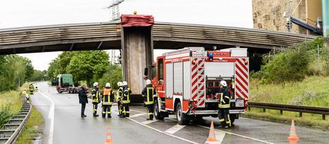 Lkw Brücke B40 Flörsheim-Wicker