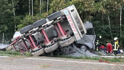 Rettungsarbeiten an der Unfallstelle