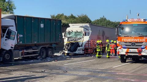 Die Unfallstelle auf der A3 bei Frankfurt-Süd