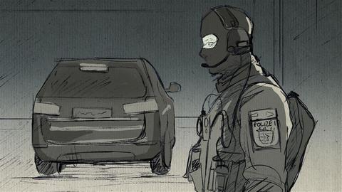 Polizist überwacht am Gericht (Format 16zu9)