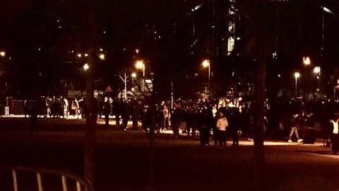 Menschenmenge am Mainufer