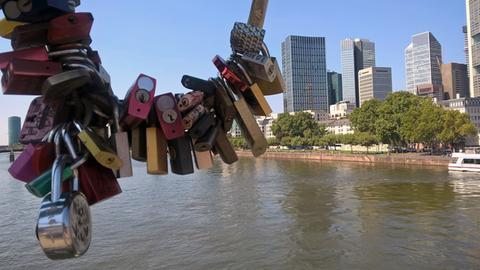 """Mit dem dem Titel """"Frankfurt und die Liebe"""" hat uns hessenschau.de-Nutzerin Angelika Gruber ihr Foto geschickt."""