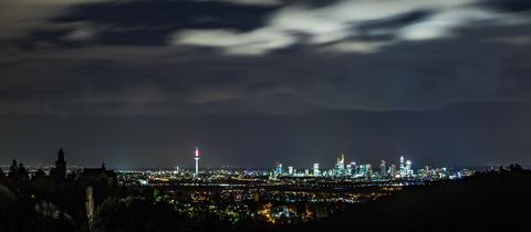Momentaufnahme - Frankfurt Skyline Sturm