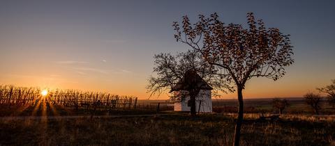 Die Kapelle in Groß-Umstadt bei Sonnenuntergang