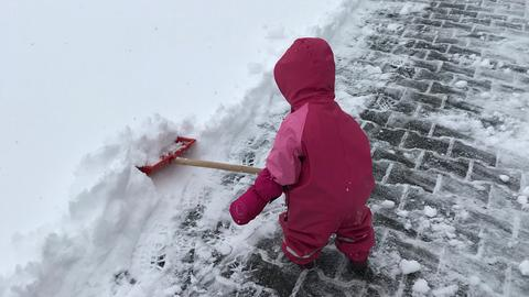 Schneeschippen in Schotten