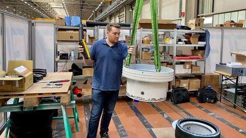 Tunnelbau-Maschine von Fuldaer Studenten wird für Final-Wettbewerb in den USA montiert