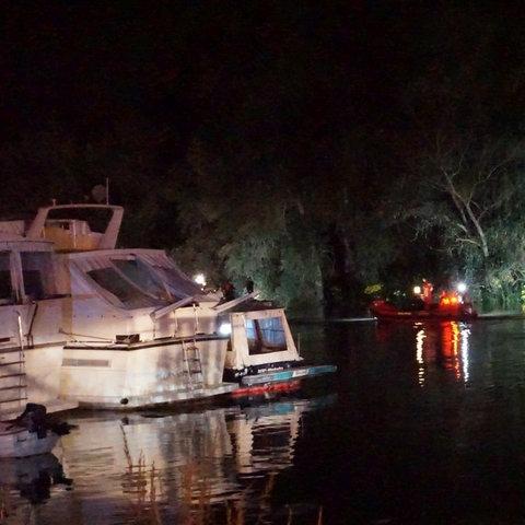 Polizeiboote im Altrhein