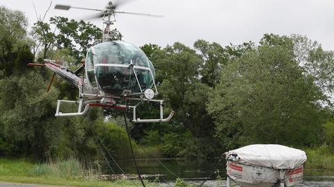 Hubschrauber zur Mückenbekämpfung
