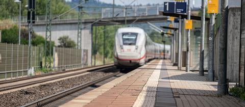 Bahnhof Neuhof