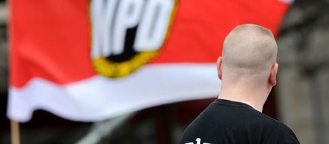 NPD, Skinhead, Fahne