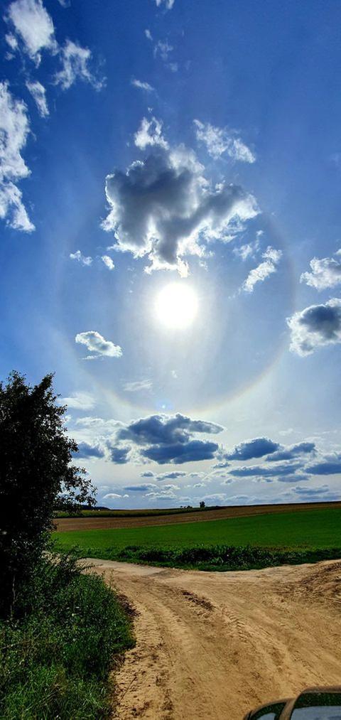 Kreisrunder Regenbogen bei Niederdorfelden (Main-Kinzig)