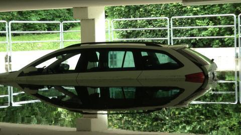 In einer Parkgarage in Oberursel steht das Wasesr 1,20 Meter hoch. Darin standen noch Autos.