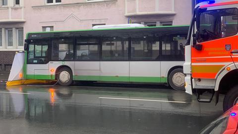 Unfall Offenbach Radfahrer Bus