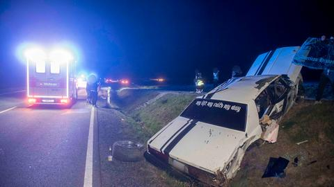 Oldtimer-Unfall bei Dipperz