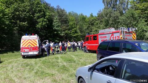 Polizei und Feuerwehr suchen vermisste Kinder