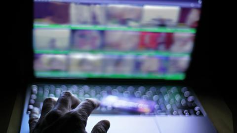 Pornografie Cyberkriminalität Symbolbild