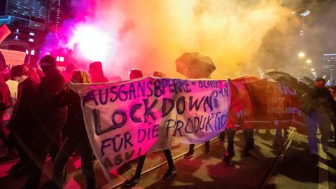 Protest gegen Ausgangssperre in Frankfurt