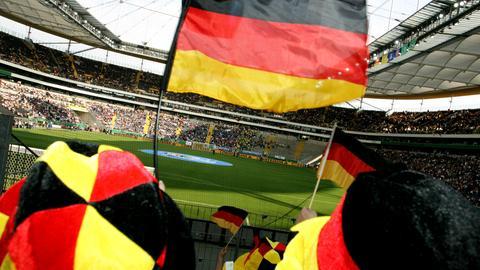Deutschland Fans beim Länderspiel in Frankfurt