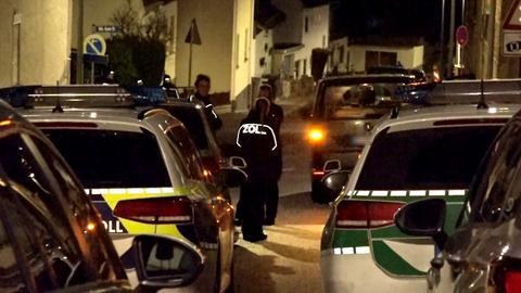 Starke Polizeikräfte vor Ort