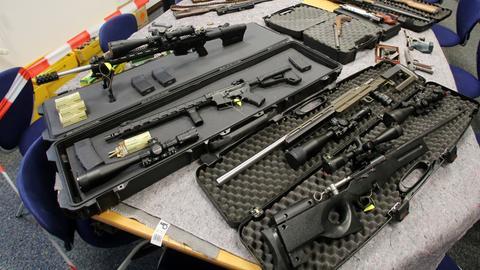 """Diese Waffen wurden im Jahr 2016 bei """"Reichsbürgern"""" sichergestellt."""