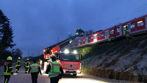 S-Bahn und Feuerwehr