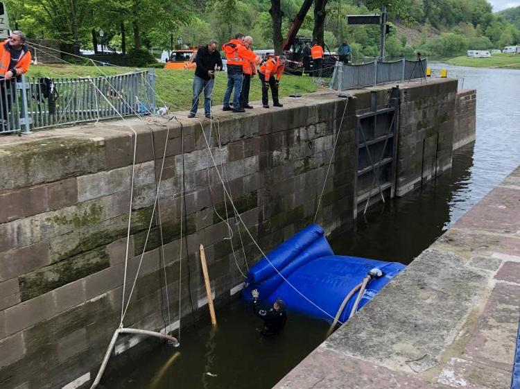 Arbeiten am Schleusenkanal