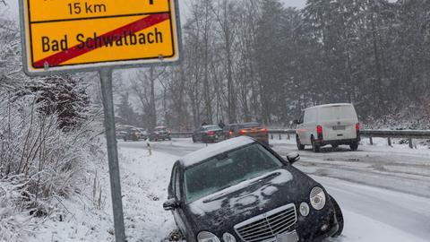 Auf den Straßen um Bad Schwalbach kam es zu Staus und Unfällen