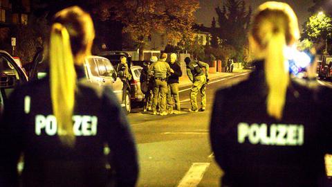 Einsatz eines Spezialeinsatzkommandos der Polizei in Rüsselsheim, Festnahme eines Verdächtigen