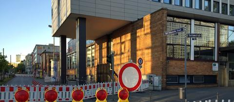 Sperrung Kurt-Schumacher-Straße Frankfurt