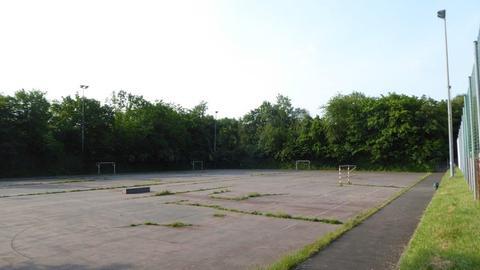 Hartplatz der Sportanlage Stockwiesen