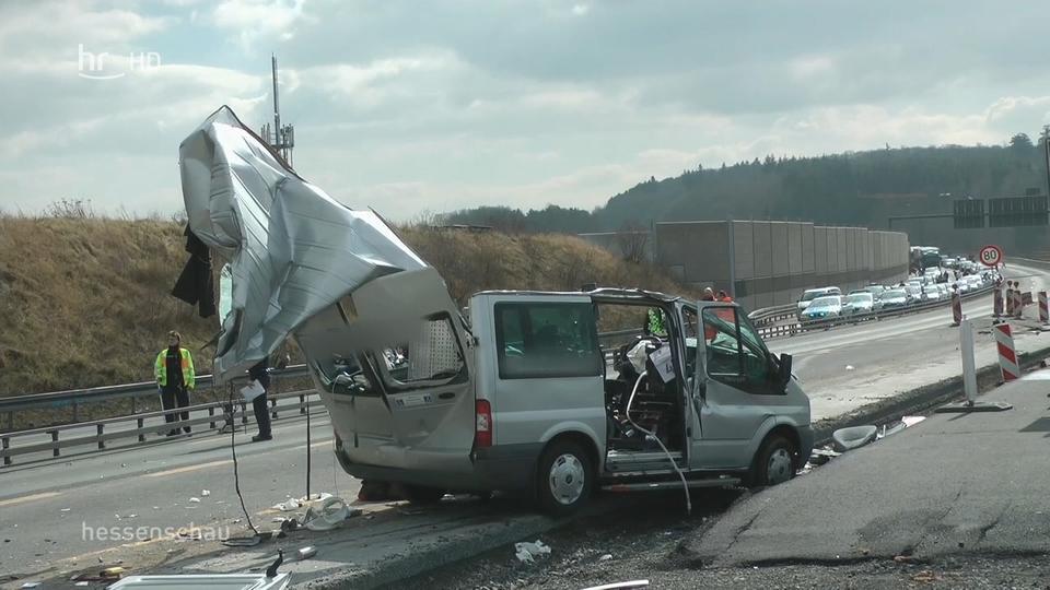 Video: Tödlicher Unfall bei Wetzlar | hessenschau.de | TV-Sendung