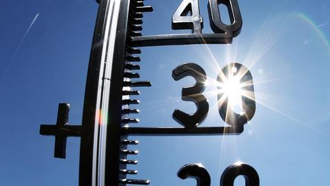 Die Temperaturen klettern auf 30 Grad.