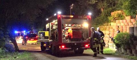 Die Feuerwehr am Einsatzort in Lorch