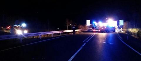 Die Unfallstelle auf der Bundestraße 251 bei Zierenberg