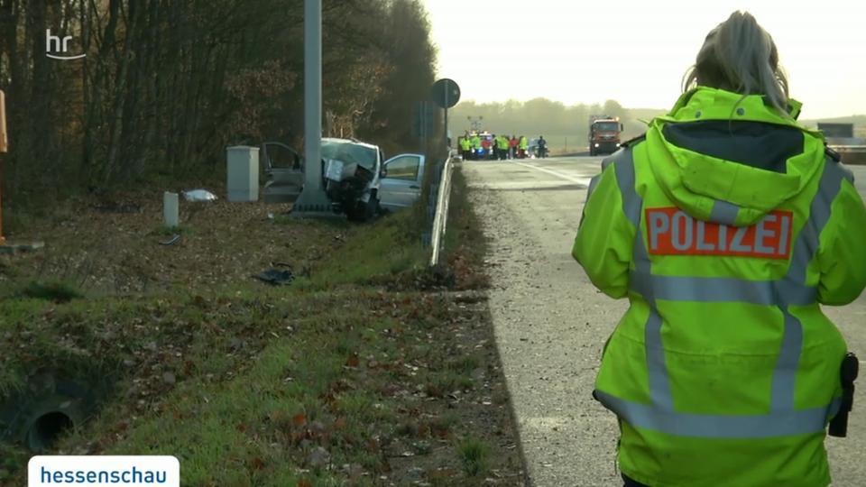Video Tödlicher Unfall Auf A3 Bei Limburg Hessenschaude Panorama