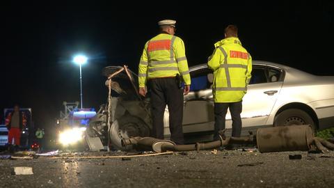 Polizei bei einem Unfall auf der A45