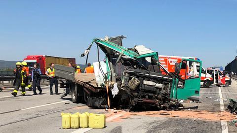 Einsatz auf der A5: Hier ereignete sich am Donnerstag ein Lkw-Unfall