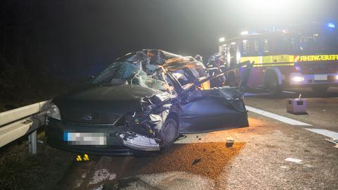 Auf der A5 zwischen Bad Homburg und Frankfurt verlor der Fahrer dieses Autos die Kontrolle.