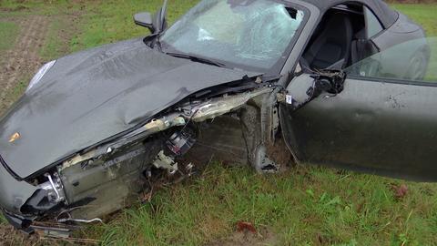 Der zerstörte Porsche wurde sichergestellt