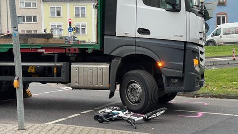 Unfall Ginnheim Lkw E-Bike